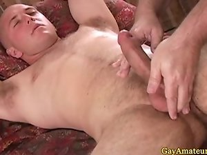 Amateur jock takes fingering like a pro