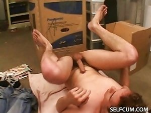 Horny mover cums in his own mouth