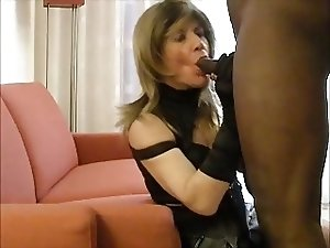 Mature tranny fucked by young BBC